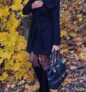 Пальто шерстяное Zara (в отличном состоянии)