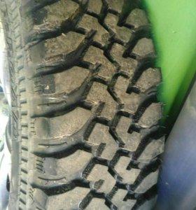 Продам колеса грязевые с дисками