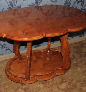Продам столик ручной работы. 100х65х69см.