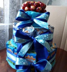 Торты из сладостей на заказ