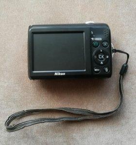 Продам цифровой фотоаппарат Nikon