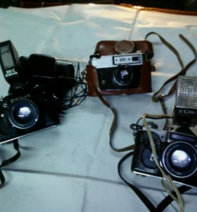Продаю фотоаппараты,,Зенит и Фед,,