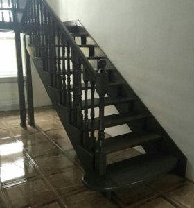 Лестницы из лиственницы
