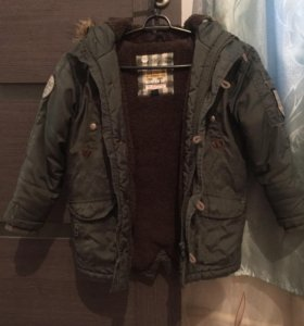 Куртка 4-6лет