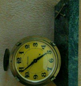 Часы механические,(Молния)(Раритет).