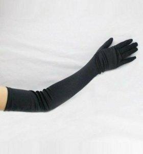 Длинные черные атласные перчатки (новые)