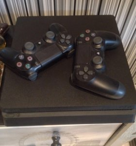PlayStation 4 Slim 1Tb, 2 геймпада, Battlefield 1