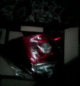 Задняя правая фара форд мондеу 3