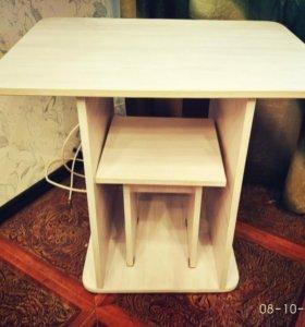 Продам столик + стульчик