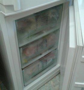 Холодильник Libher