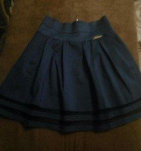 юбка школьная подростковая 8-9класс, новая.