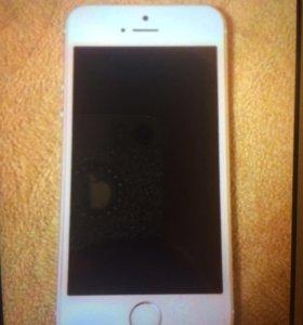 Телефон iPhone 5SE 32г.