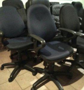 Офисные кресла куча регулировок