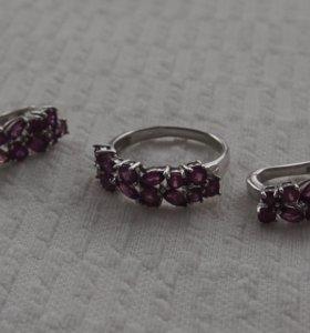 Серьги и кольцо с родолитами