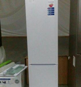 Холодильник BEKO cn333100