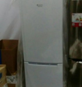 Холодильник Hotpoint-Ariston HBM1181.3