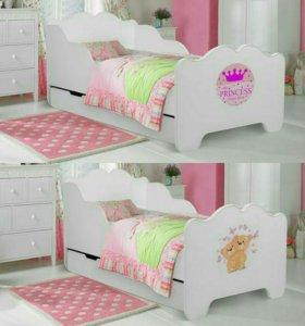 Кровать с матрасом и ящиком