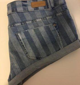 Джинсовые шорты pull and bear размер L