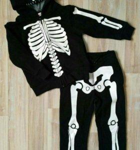 Новый костюмчик H&M.