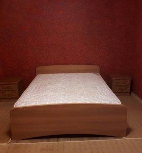Кровать 2-спальная с двумя тумбочками