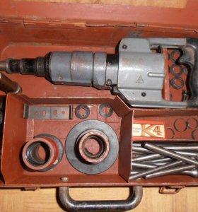 Пистолет монтажный поршневой
