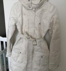 Зимняя куртка пуховик Adidas 44 размер
