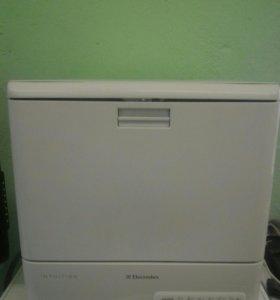 Посудомоечная машина Electrolux бу