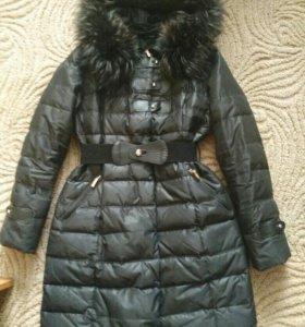 Пуховик женский зимний, размер 48.