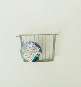 Кормушка металлическая хромированная подвесная