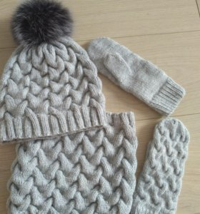 Новое!!! Комплект шапка, снуд и варежки