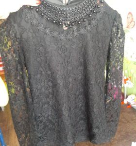 Продаётся красивая блузка.