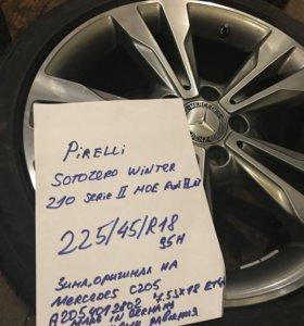 225 45 18 зима новые ориг. Mercedes C205 Run Flat