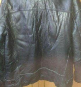 Кожаная куртка, с мехом.