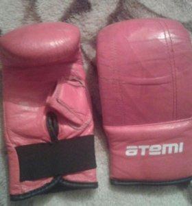 Боксёрские перчатки 'atemi'