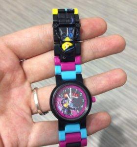 Часы Lego