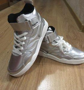 Новые кеды ботинки