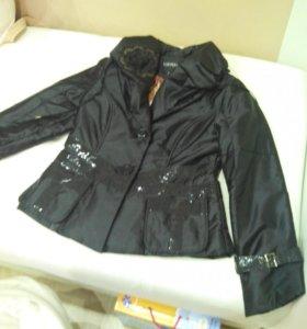 Куртка новая, деми