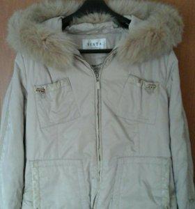 Женская зимняя куртка. Р. 50-52.