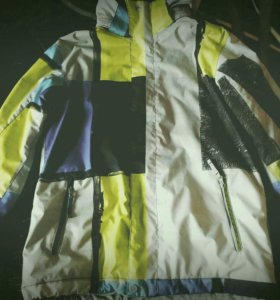 Куртка мужская(quiksilver)