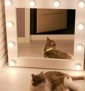 Новое зеркало для макияжа