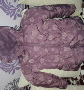 Курточка на 4-5 лет
