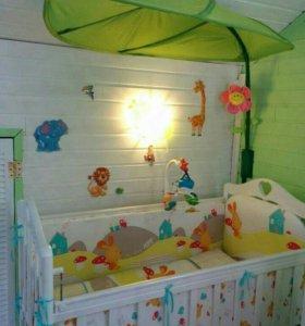 Детская кроватка+матрас+постельное белье+ мобиль