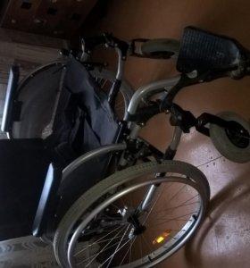инвалидная коляска - комнатная и прогулочная