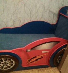 Машина-кровать