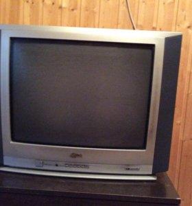 Продам телевизор LG отдам в подарок тумбу к нему