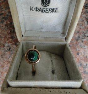 Перстень с малахитом женский, золото 56 пробы