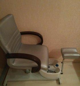 Кресло для педикюра+гидромассажная ванночка