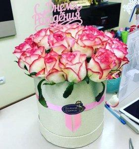 Розы в коробке-Доставка 24 часа!