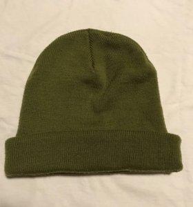 Зелёная шапка