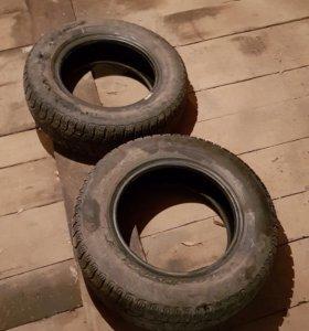 Резина зимня две покрышки . Pirelli 175/70R13.